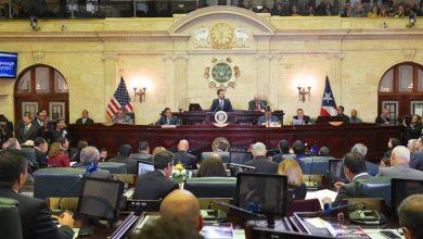 Photo of Gobernador comienza su mensaje admitiendo errores