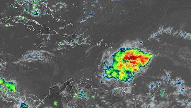 Photo of Exhortan a tener precaución ante paso de fuerte onda tropical