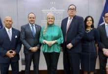 Photo of Wanda Vázquez nombra a hija de «Mayita» Meléndez como secretaria de Política Pública