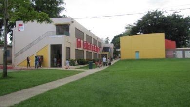 Photo of Padres y maestros de escuela de la UPR rechazan aumentos en matrícula