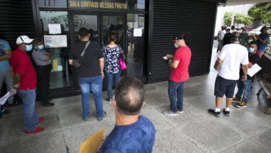 Photo of Pidió desempleo, nunca lo recibió y descubrió que sus papeles estaban en el zafacón
