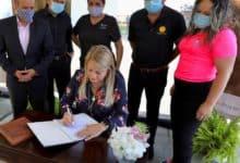 Photo of Gobernadora acoge recomendación secretario de Salud y extiende una semana a la orden ejecutiva