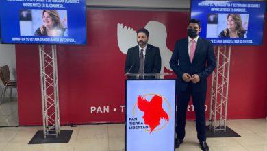 Photo of Funcionario del PPD desglosa gastos de Jenniffer González