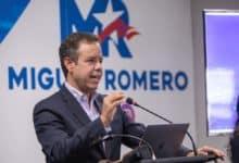 Photo of Congresista Darren Soto endosa a Miguel Romero para la alcaldía de San Juan